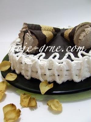 Zimska Kornet Torta