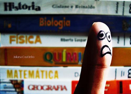 By: Juliana  Coutinho