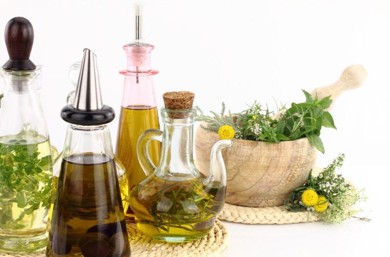 maslinovo ulje i bilje