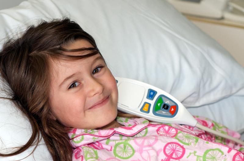 devojčica u bolnici