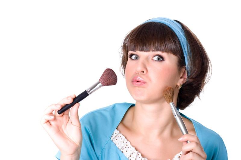 Kako pravilno očistiti četkice za šminkanje.