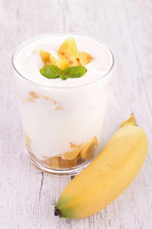 jogurt i banana