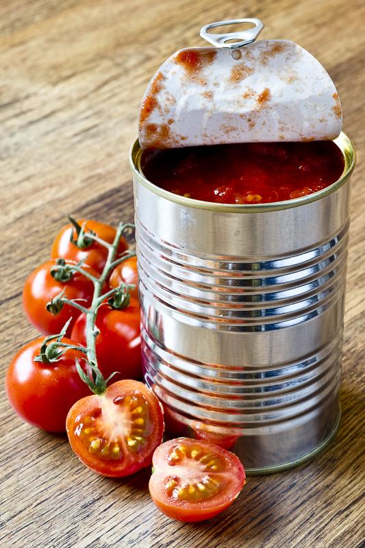 paradajz iz konzerve