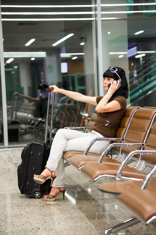 žena na aerodromu