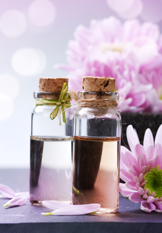 http://www.dreamstime.com/stock-photography-spa-essential-oil-image17509612