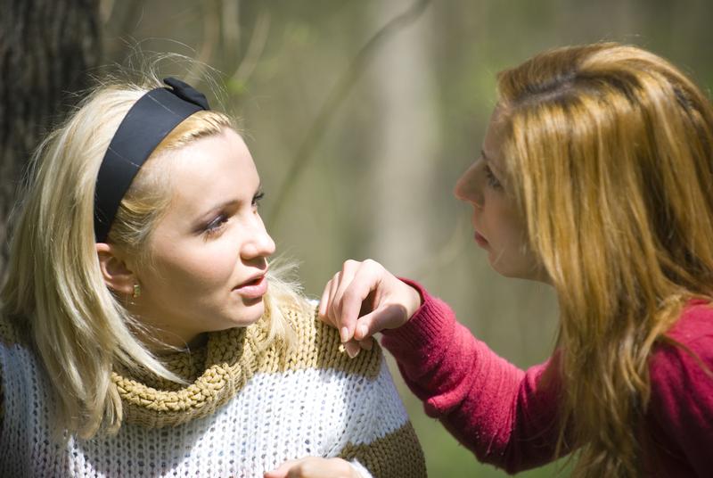 ma i ćerka razgovaraju