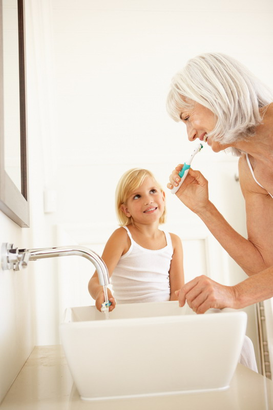 baka i unuka peru zube