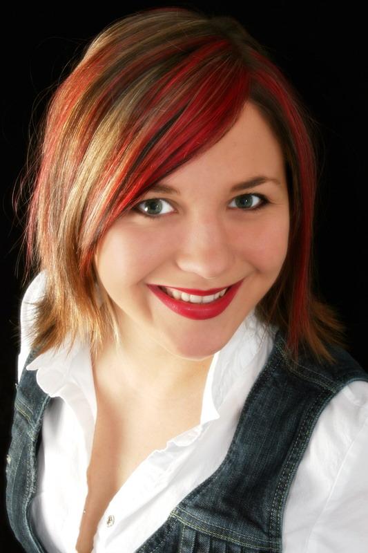 crveni pramenovi u kosi