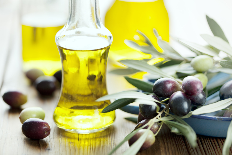 http://www.dreamstime.com/royalty-free-stock-photo-olive-oil-image17124055