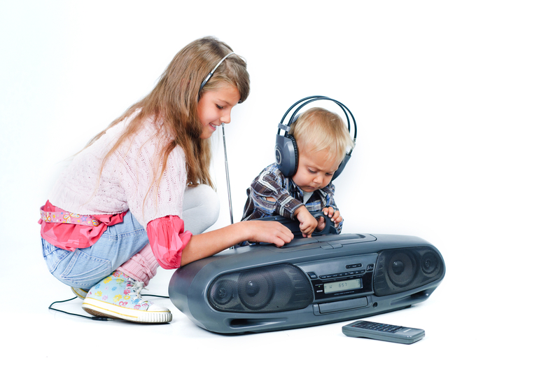 http://www.dreamstime.com/royalty-free-stock-photos-cute-beautiful-brother-sister-listen-to-music-image16679268