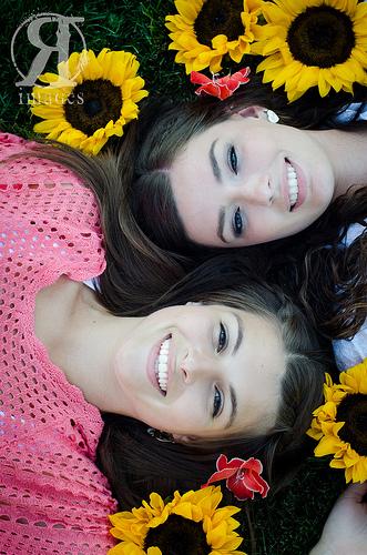 mlade devojke prelepe