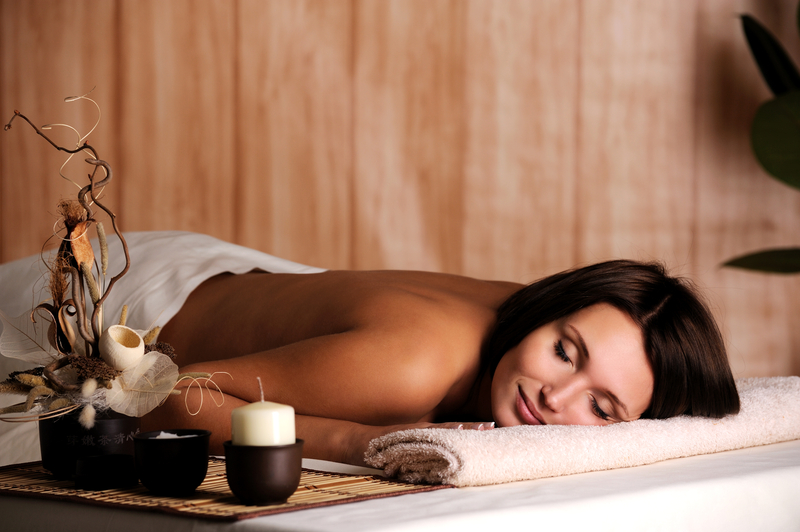 http://www.dreamstime.com/royalty-free-stock-photos-woman-get-relax-spa-salon-image11652658