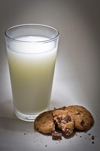 mleko i keksici 1