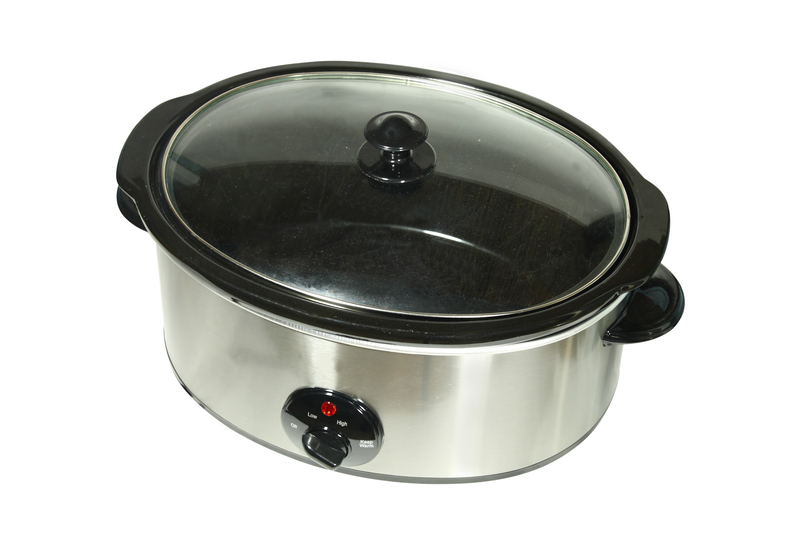 http://www.dreamstime.com/stock-photo-slow-cooker-image13368630