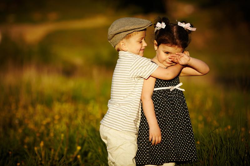 http://www.dreamstime.com/royalty-free-stock-photos-happy-boy-girl-image28920198