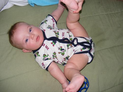 beba vezba nogicama