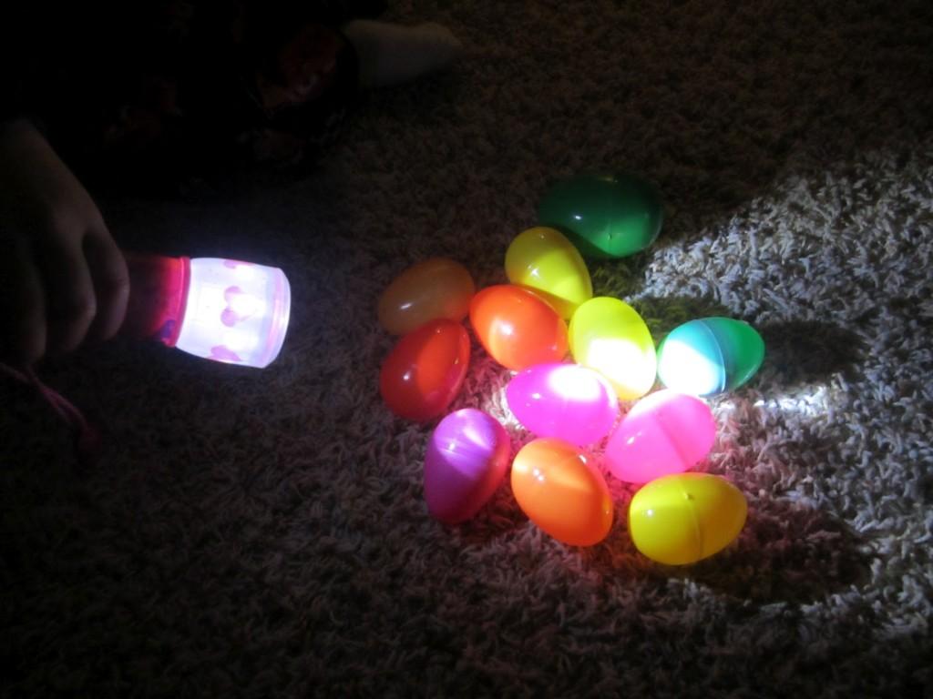 jaja svetleca 3