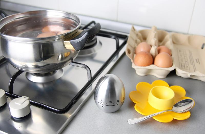 jaja kuvaju sporet