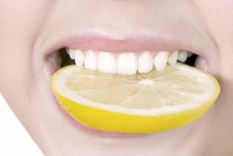 limun u zubima