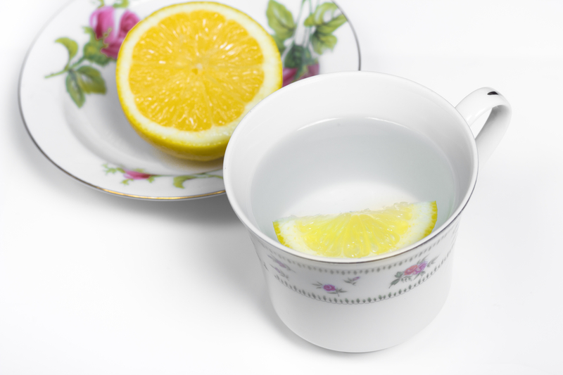 http://www.dreamstime.com/stock-photo-lemon-water-image24007280
