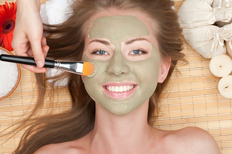 http://www.dreamstime.com/royalty-free-stock-photography-woman-clay-facial-mask-image20256697